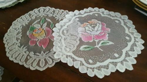 Lace table runner 2 pc set country style 12 inch round flowe