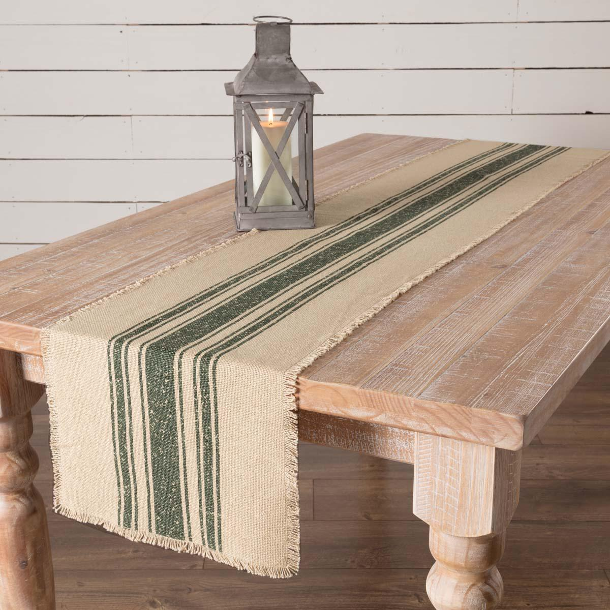 Vintage 100% Table Runner Red Green and Natural*